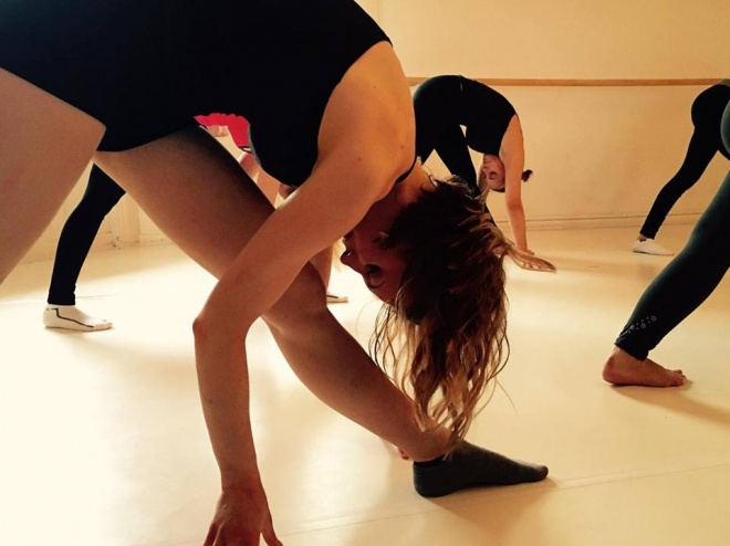 rúdtánc stúdió stretching