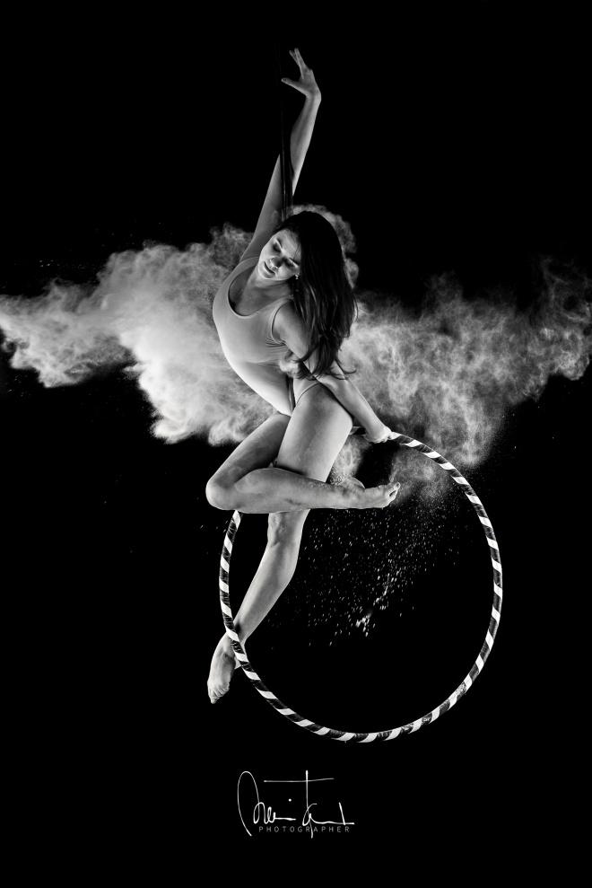 Lisztes aerial hoop fotózás